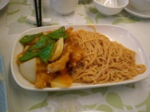 glycemic index of sweet & sour chicken and noodles