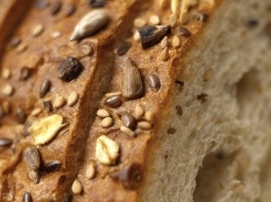 glycemic index of wholegrain bread